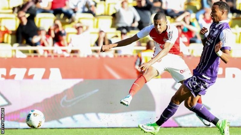 mbappe the hero as monaco beat toulouse. Black Bedroom Furniture Sets. Home Design Ideas